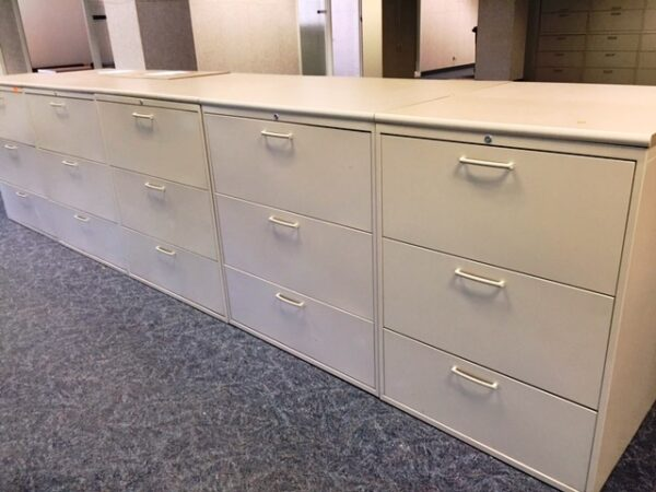USED Teknion- 36″ 3 Drawer Lateral Files in Beige with a Beige Laminate Top