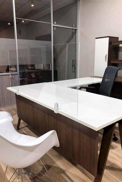 desk shield 1